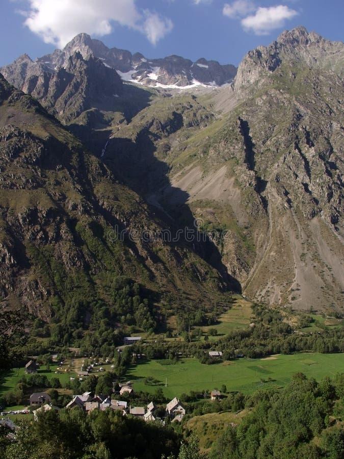 przestań haute - alpes alp do regionu valgaudemar zdjęcia stock