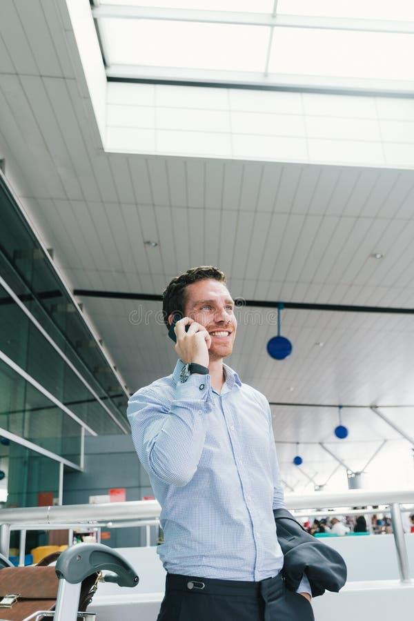 Download Przestań Nazywać Kawowego Telefonu Trudne Dni Biuro Czasu Pracy Zdjęcie Stock - Obraz złożonej z samotnie, biznes: 41954706