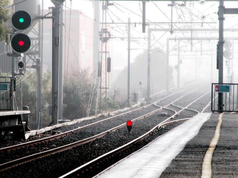 Download Przestań pociąg obraz stock. Obraz złożonej z poręcze, odludny - 132727