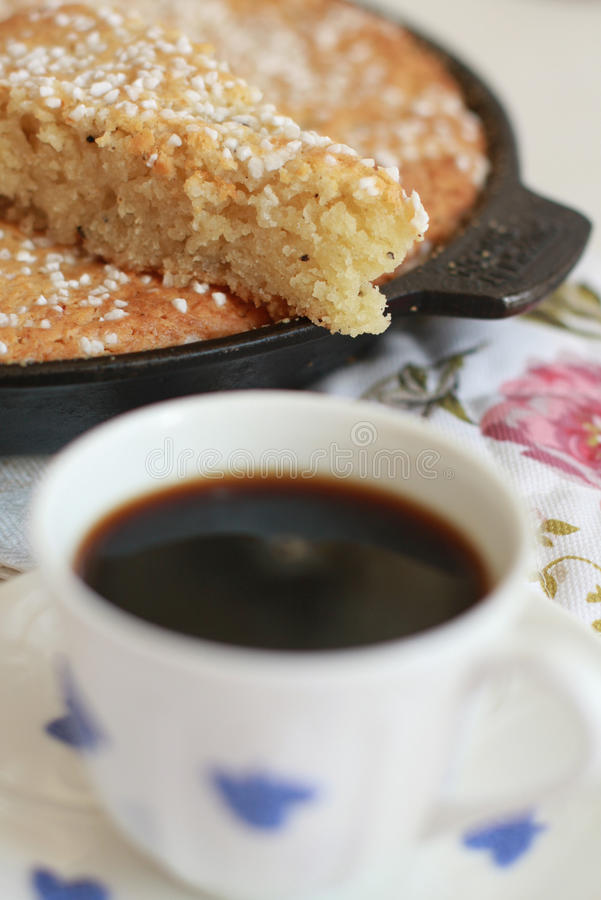 przestań tła rogalik filiżanki kawy sweet obraz royalty free