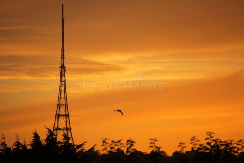 Przesyłowa stacja przy wschodem słońca fotografia stock