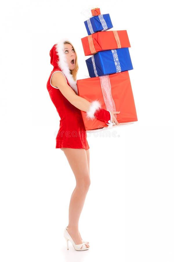 przewożenia bożych narodzeń prezenta stosu kobieta fotografia royalty free