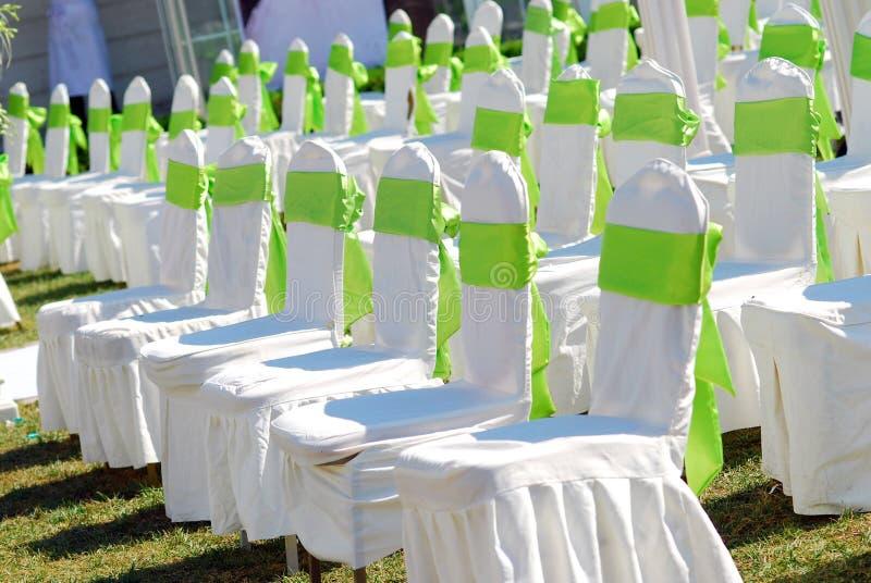 przewodniczy plenerowego ślub zdjęcia royalty free