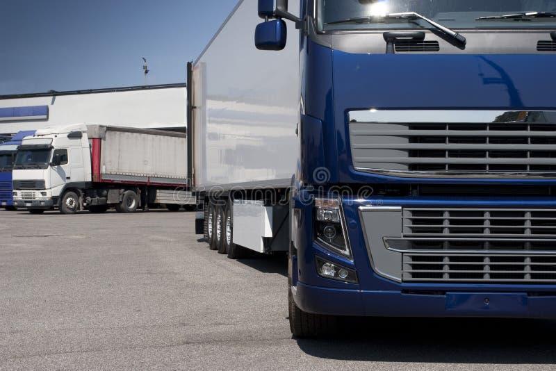 Przewozić samochodem i logistyki fotografia royalty free