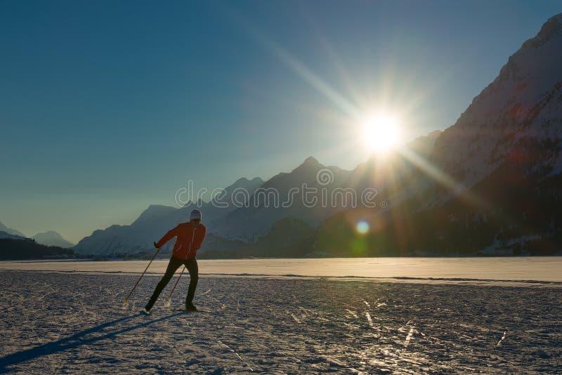 Przez cały kraj narciarstwa łyżwiarstwo zdjęcie stock