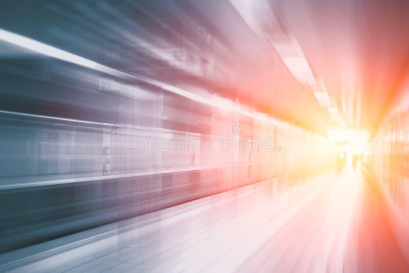 Przyśpieszenie ruchu super szybka pośpieszna plama dworzec obraz royalty free