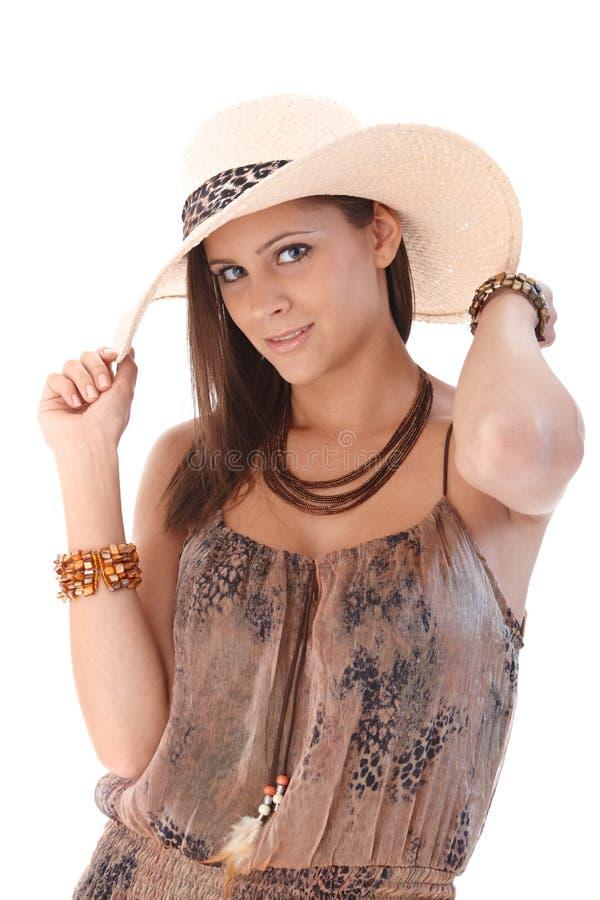 Przy latem elegancka kobieta zdjęcie stock