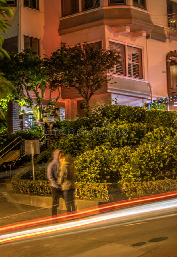Przy Noc Lombard Ulica obraz stock