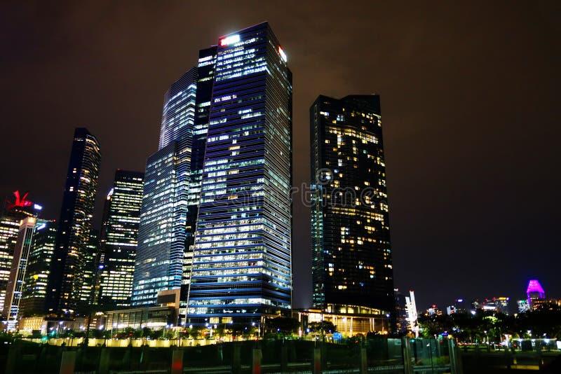 Przy Noc Singapur Linia horyzontu Pieniężna Gromadzka fotografia royalty free