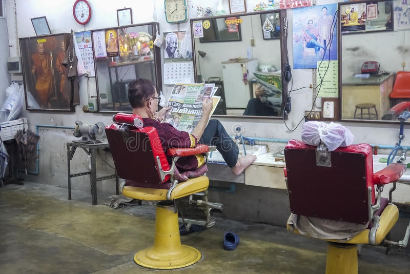 Przy Tajlandzkim fryzjera męskiego sklepem zdjęcie royalty free