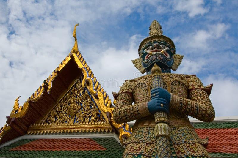 Przy Wat mityczny gigantyczny opiekun Phra Kaew fotografia stock