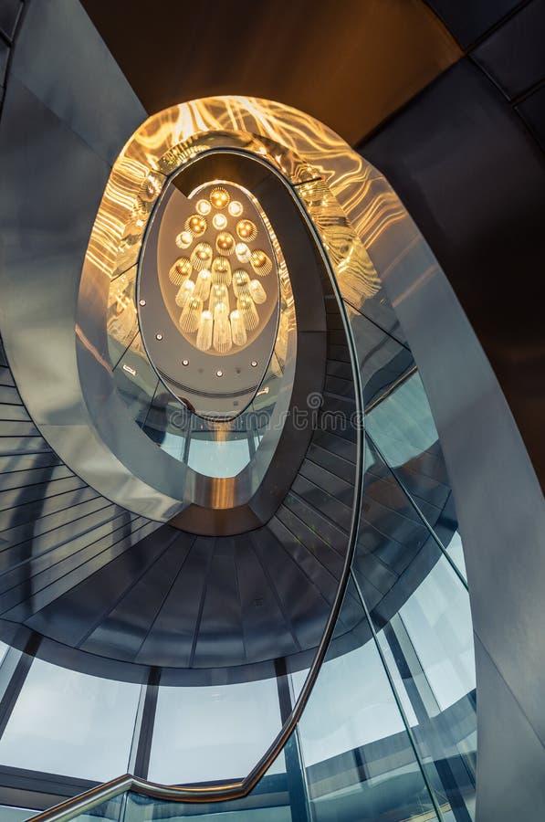 Przy wierzchołkiem, 125th podłoga, Burj Khalifa - spirala obraz royalty free