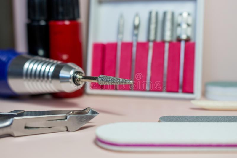 Przybija sztuk akcesoria życie z manicure'em, wciąż ilustracji