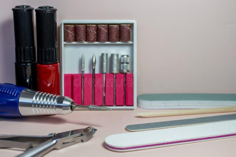 Przybija sztuk akcesoria życie z manicure'em, wciąż zdjęcie stock
