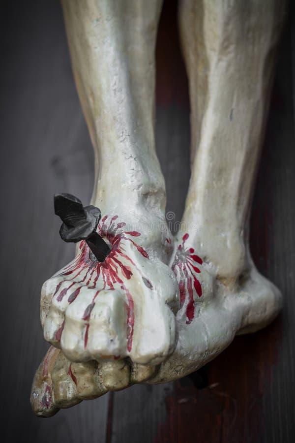 Przybijający i krwawi cieki Jezus obrazy stock
