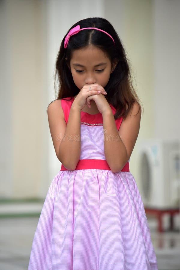 Przygnębiony Żeński Tween Jest ubranym suknię zdjęcie stock