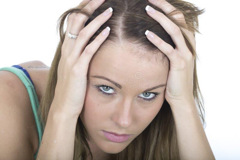 Przygnębiona młoda kobieta w rozpaczu zdjęcie stock