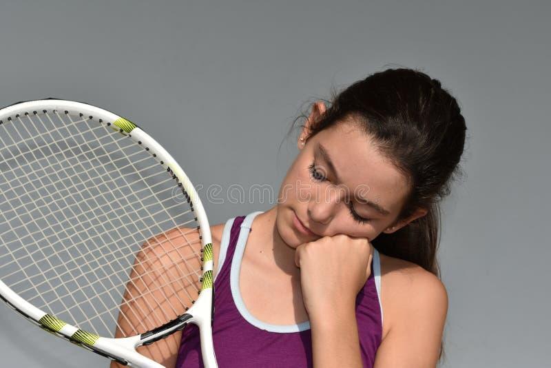 Przygnębiony Nastoletni Żeński gracz w tenisa zdjęcia stock