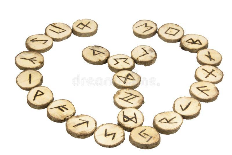 Przygotowania Handmade Drewniani Runes z Północnymi symbolami zdjęcie royalty free