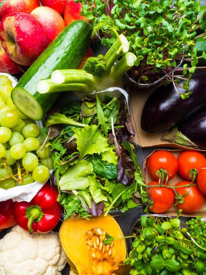 Przygotowania różny kolorowy smakowity warzywo owoc tło horyzontalny pojęcia zdrowe jedzenie zdjęcie royalty free