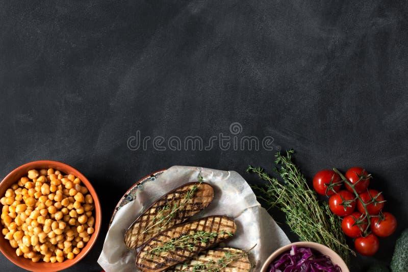Przygotowany jedzenie dla healfy lunchu kosmos kopii zdjęcia stock