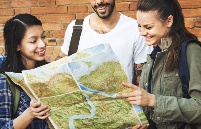 Przyjaciel podróży Backpacker przygody pojęcie obraz royalty free
