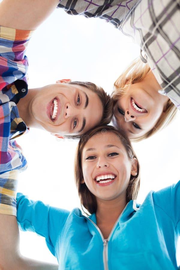 Download Przyjaciele Target441_0_ Skupisko Zdjęcie Stock - Obraz: 26830370