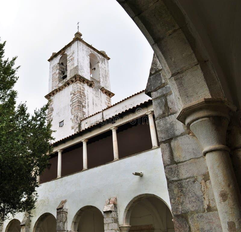 Przyklasztorny i kościelny wierza obraz stock