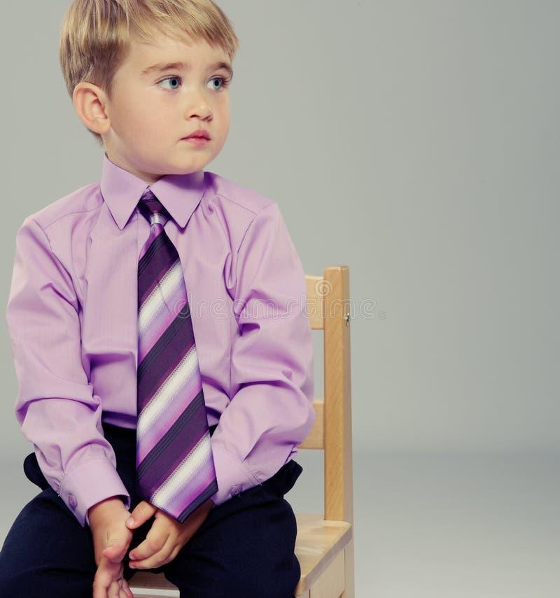 Przystojna mała chłopiec obrazy stock