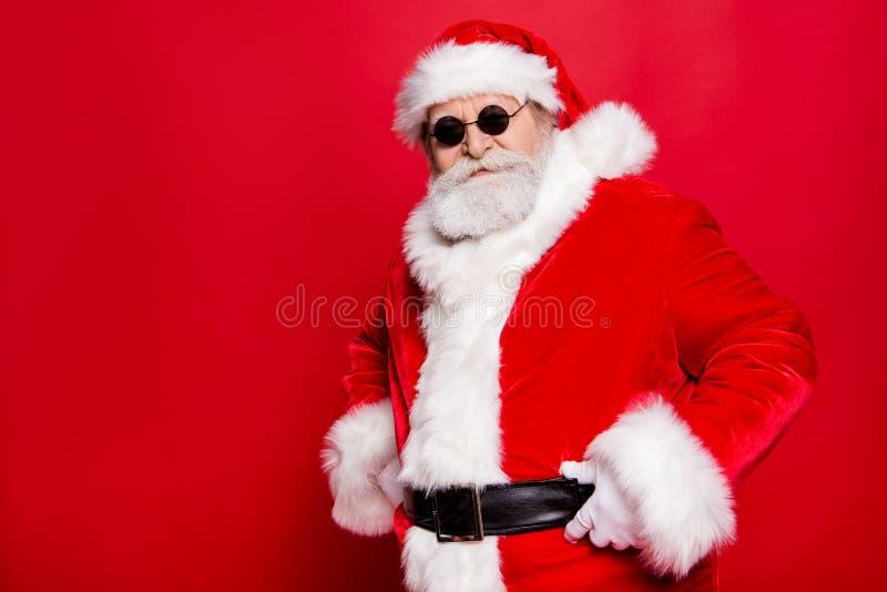 Przystojny atrakcyjny starzejący się Santa statywowy przyrodni zwrot jak szef wewnątrz obrazy royalty free