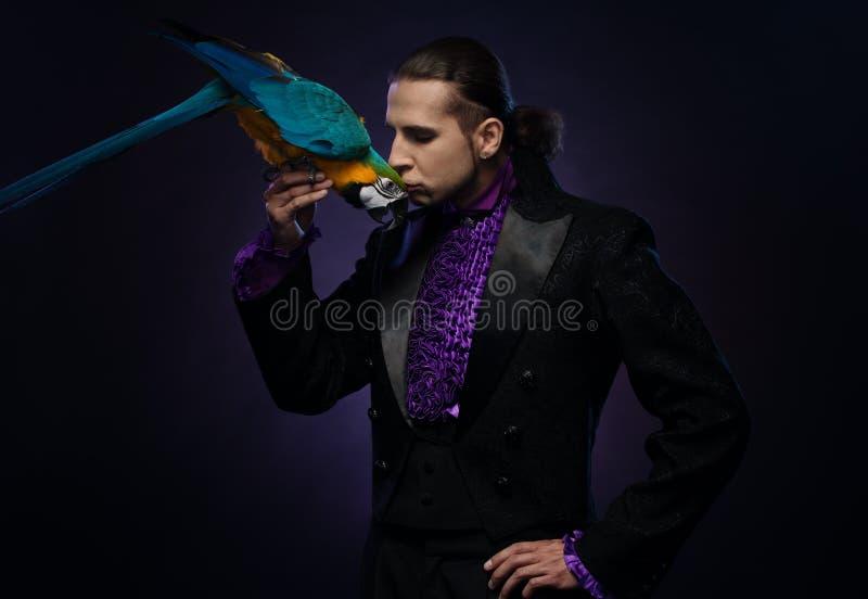 Przystojny magik zdjęcie stock