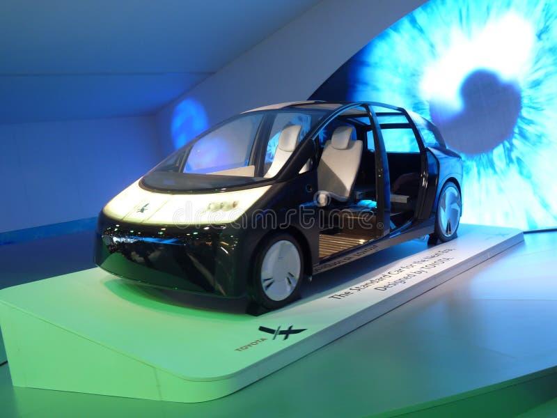 przyszłości samochodowa zieleń Toyota obraz stock