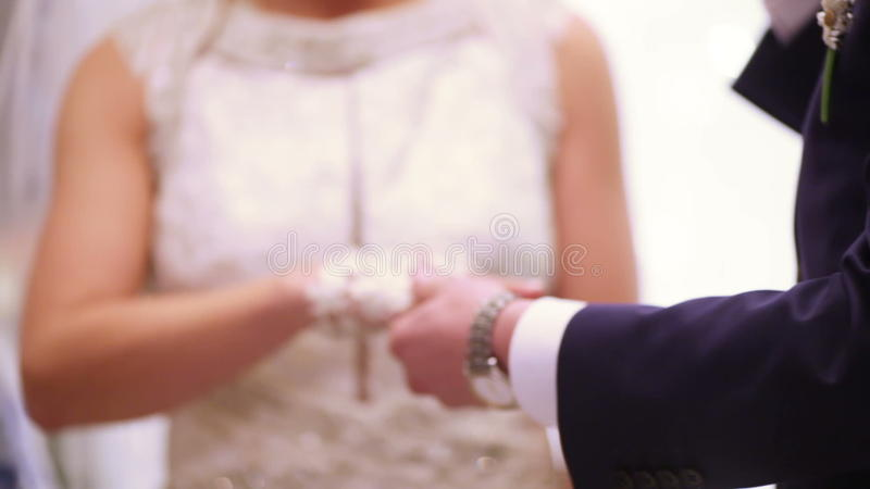 Przywdziewać pierścionek zbiory