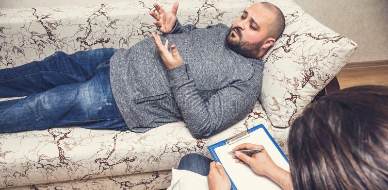 Psychologeberatung und psychologisches Therapie-Sitzungs-Konzept stockbild