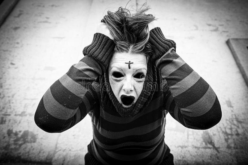 Psychotyczna szalona dziewczyna zdjęcie stock