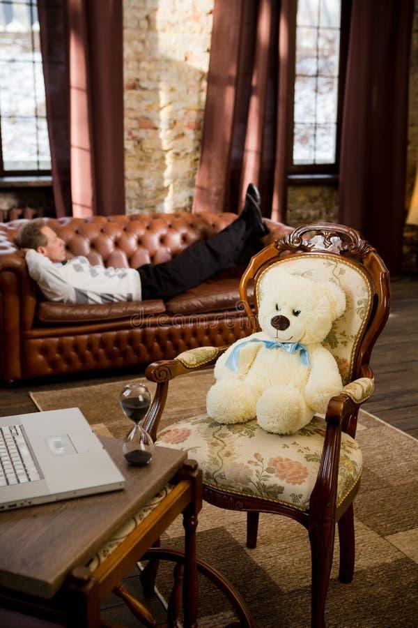 Psykologi på kontoret royaltyfria bilder