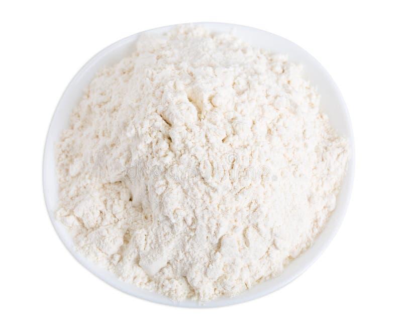 Pszeniczna mąka w ceramicznym pucharze obraz stock