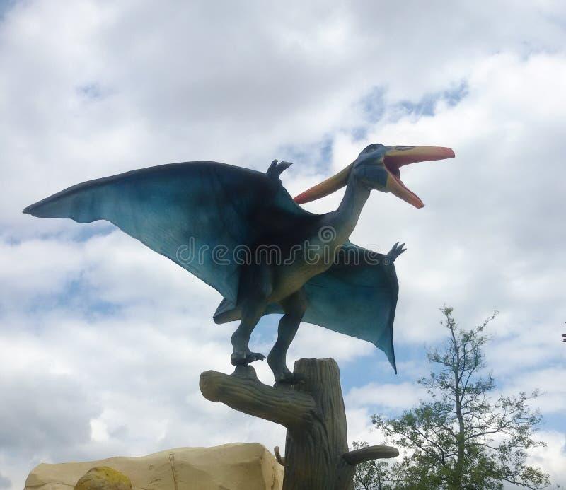 Download Ptak obraz stock editorial. Obraz złożonej z dinosaury - 57671214