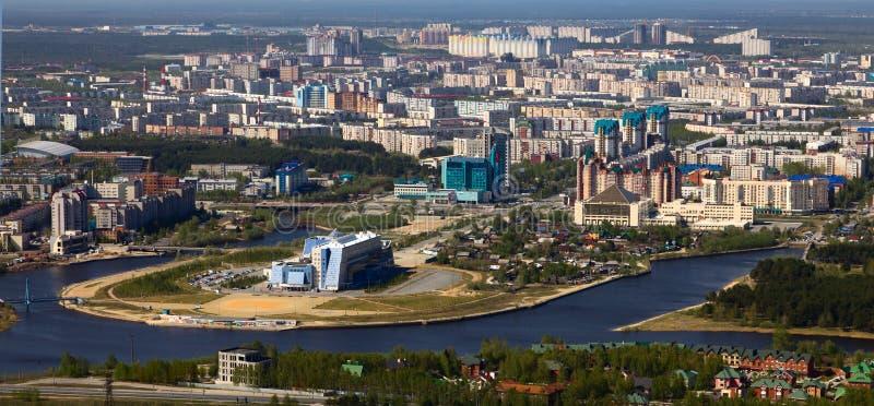 Ptasi ` s oka widok miasto Surgut, Rosja zdjęcia royalty free