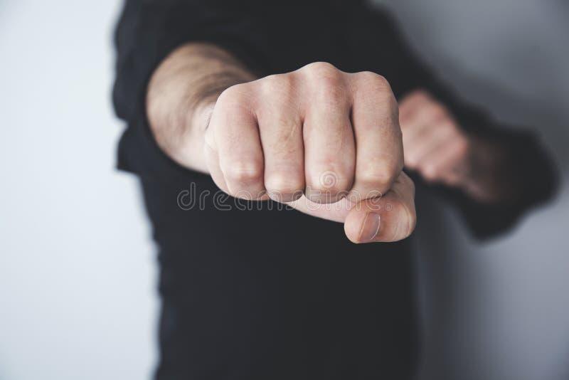 Puños de la mano del hombre fotos de archivo