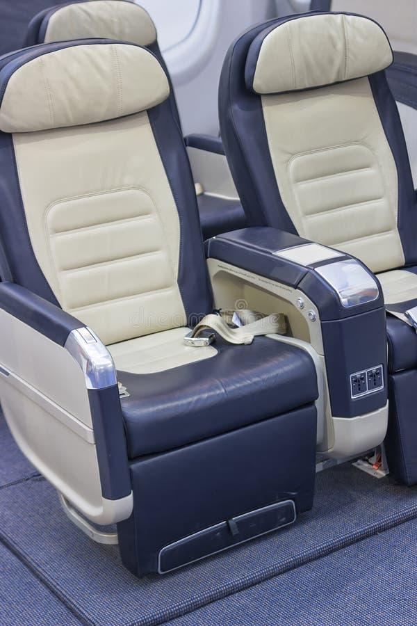 Puści wygodni klasy business linii lotniczej siedzenia zdjęcia royalty free