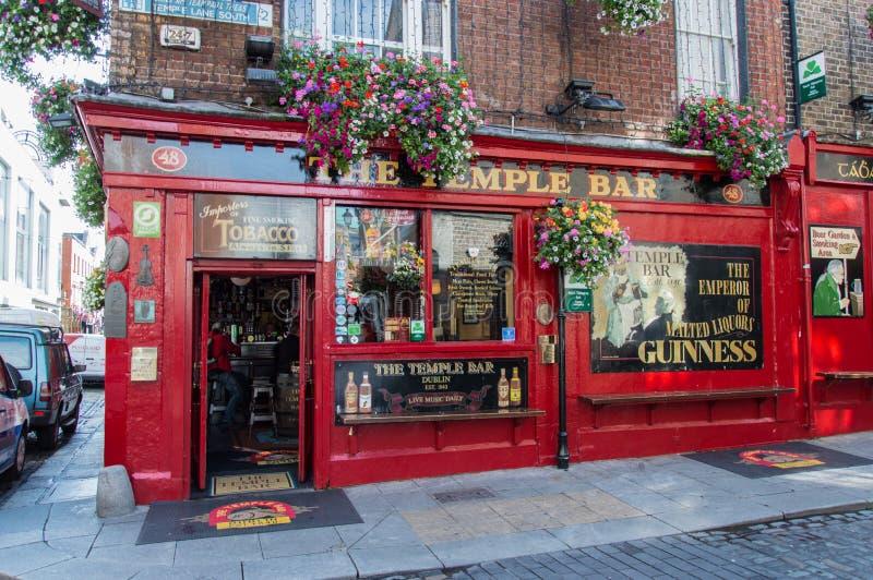 Pub de la barra del templo en Dublín, Irlanda imagen de archivo