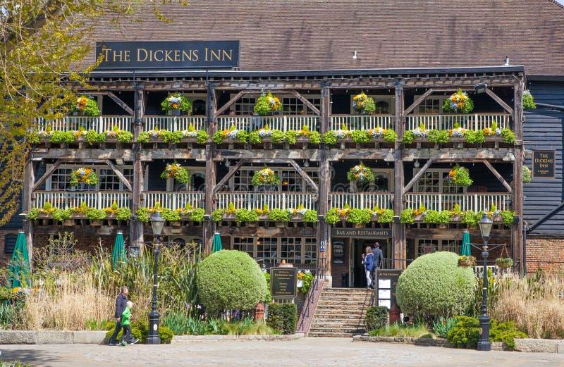 Pub för skeppsdocka för London st Katherine arkivfoton