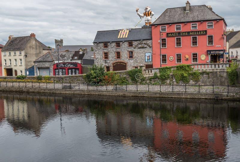 Pub irlandese tradizionale in Kilkenny fotografia stock libera da diritti