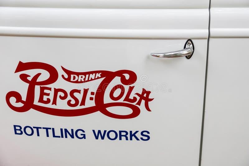 Pubblicità 1937 della porta di Pepsi-cola del camion di consegna del pannello di Ford fotografia stock