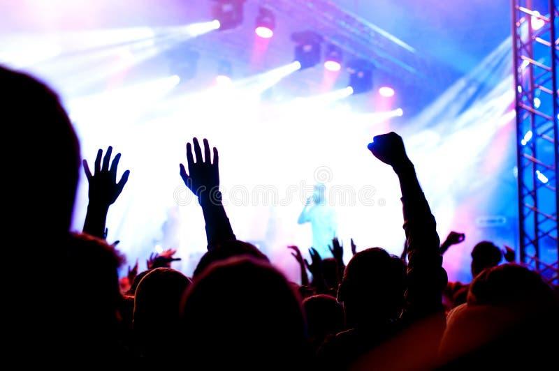 Pubblico di concerto fotografie stock