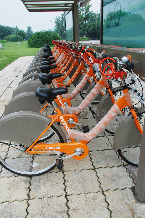 Download Public bicycles in Chengdu editorial photography. Image of cycling - 20515402