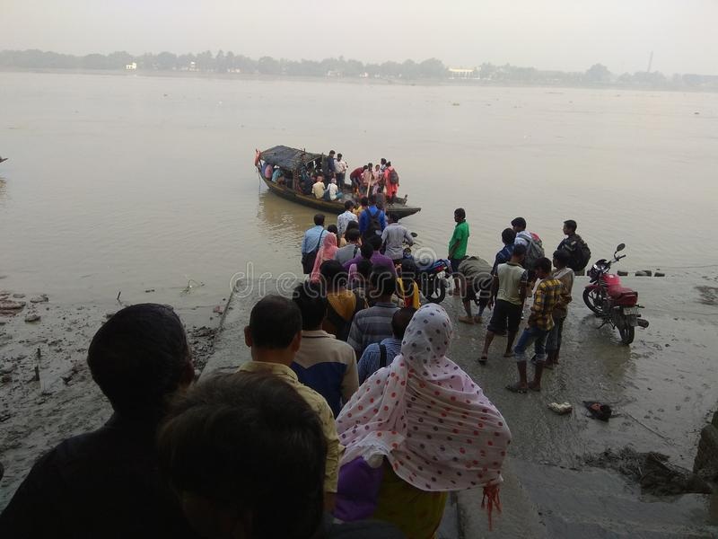 Public Ferry Ghat royaltyfria foton