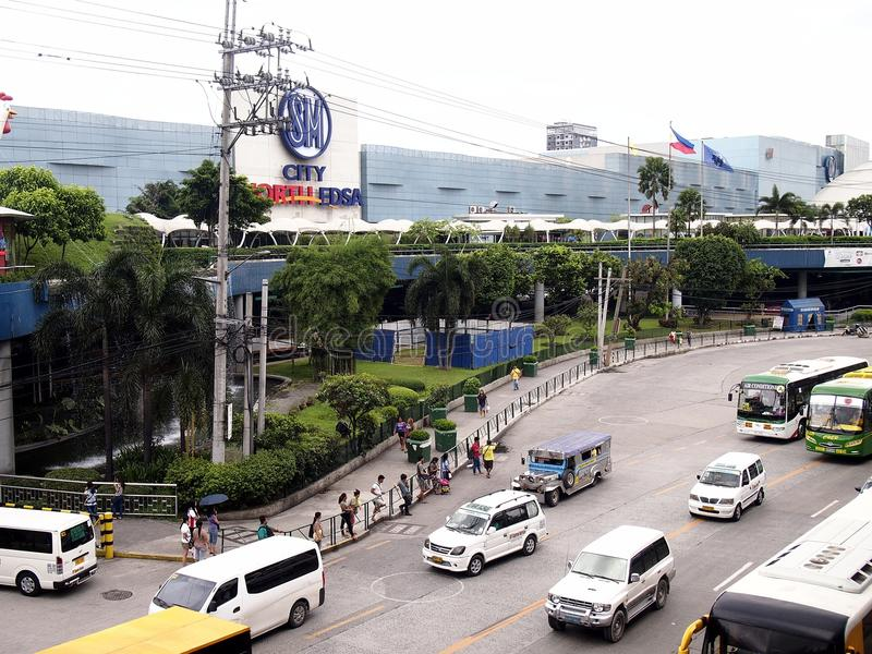 Public and private transportation vehicles along EDSA stock photos