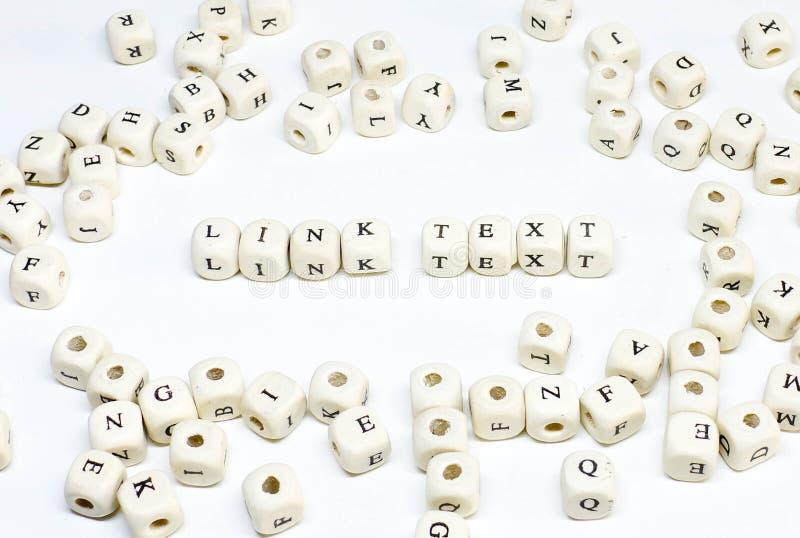 Publicidade online publicando em blogs do e-mail do comércio eletrónico e texto de madeira social da relação do ABC do termo de m imagens de stock